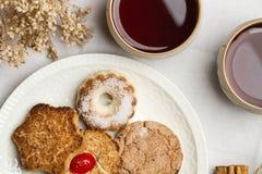 Чай с печеньями Стоковые Фото