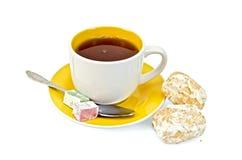 Чай с baursaks и lokum Стоковые Изображения