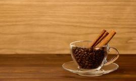 Чай утра стеклянная чашка с сахаром Стоковые Фотографии RF