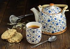 Чай утра с печеньями Стоковые Фотографии RF