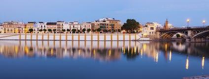 Часовня Кармена и моста Изабеллы II в Севилье Стоковые Изображения