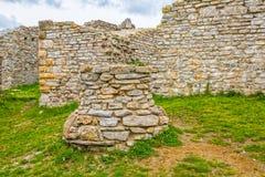 Часовня хорошо в замке Medvedgrad Стоковое фото RF