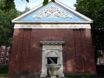 Часовня Holden, двор Гарварда, Гарвардский университет, Кембридж, Массачусетс, США стоковые изображения