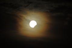 частично затмения лунное стоковые фотографии rf