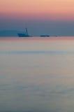 Частично sunken корабль внутри после помоха захода солнца Стоковое Изображение