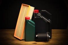 Части автомобиля, обслуживание, масло машины, фильтр для масла, воздушный фильтр стоковое изображение