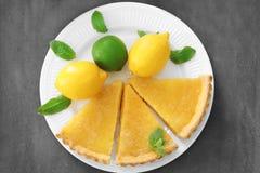 Части домодельного пирога лимона Стоковая Фотография RF