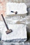 2 части мрамора с молотками с трассировками сверлить стоковое фото rf