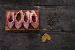 Части рыб на столешнице Стоковые Фото