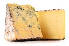 2 части сыра изолированной в белой предпосылке Стоковые Изображения RF