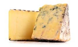 2 части сыра изолированной в белой предпосылке Стоковое фото RF