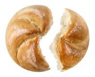 2 части традиционного австрийского хлеба Kaisersemmel Стоковая Фотография