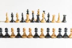 части шахмат предпосылки белые стоковая фотография