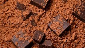 Части шоколада во вращать бурого пороха акции видеоматериалы