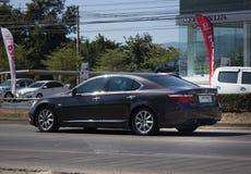 Частная машина, Lexus LS 500H Lexus премиум-бренд от Тойота Стоковые Фотографии RF