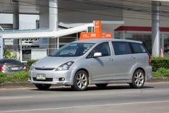 Частный автомобиль MPV, желание Тойота стоковое фото rf