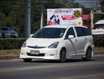 Частный автомобиль MPV, желание Тойота стоковые фотографии rf
