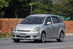 Частный автомобиль MPV, желание Тойота стоковые изображения