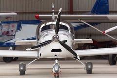 Частный самолет припаркован стоковые фото