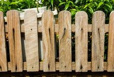 Частокол с традиционное деревянным Стоковые Фото