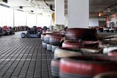 Часть барьера на carting следе сделанном покрашенной старой Стоковое Изображение RF