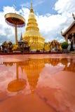 Часть виска Wat Phra то Haripunchai в Lamphun Стоковое Изображение RF