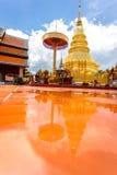 Часть виска Wat Phra то Haripunchai в Lamphun Стоковая Фотография RF