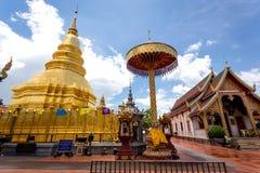 Часть виска Wat Phra то Haripunchai в Lamphun Стоковые Изображения