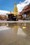Часть виска Wat Phra то Haripunchai в Lamphun Стоковые Изображения RF