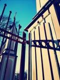 Часть ворот металла стоковое фото
