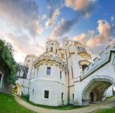 Часть замка Hluboka nad Vltavou стоковые изображения
