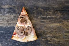 Часть пиццы стоковые изображения