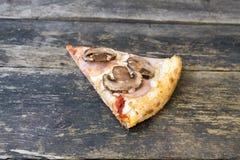 Часть пиццы стоковые изображения rf