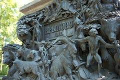 Часть постамента памятника к Ивану Krylov в саде лета, Санкт-Петербургу Стоковые Изображения