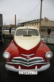 Часть ретро старого автомобиля Волги GAZ - ` победы ` M-20 - автомобиль символ победы России в WW2 - СССР Стоковое фото RF