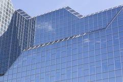 Часть стеклянного фасада головного офиса rabobank в голландском городке ut Стоковые Изображения RF