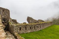 Часть стены больших камней Стоковые Изображения