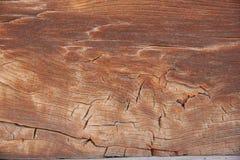 Часть стены сделанной деревянных журналов Стоковые Изображения