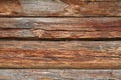 Часть стены сделанной деревянных журналов Стоковое Изображение