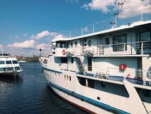 Часть туристического судна Роскошный фон предпосылки жизни Стоковые Изображения RF