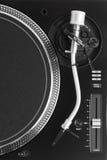 Часть turntable dj с рукой тона Стоковое фото RF