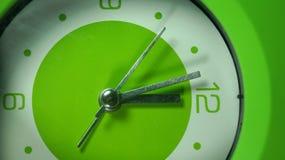 Часы зеленого цвета запаса изображения Стоковые Фотографии RF
