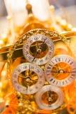 часы золотистые Стоковое Изображение