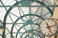 Часы на станции Стоковые Изображения