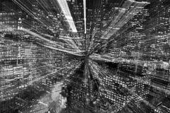 Часы пик Манхаттана; черно-белые небоскребы Стоковые Изображения