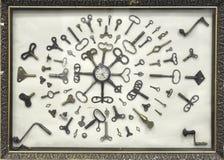 часы пользуются ключом старая Стоковое фото RF