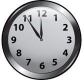 часы предпосылки изолированные над белизной стены Стоковое Изображение