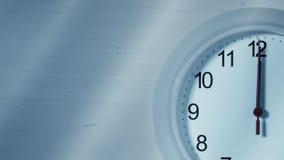 Часы тикая показывающ 12 часов Стоковая Фотография RF