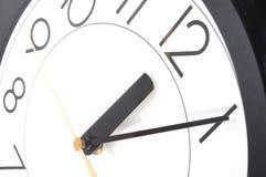 часы 12 стоковые фотографии rf