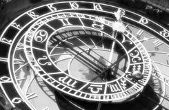 Часы стоковые изображения